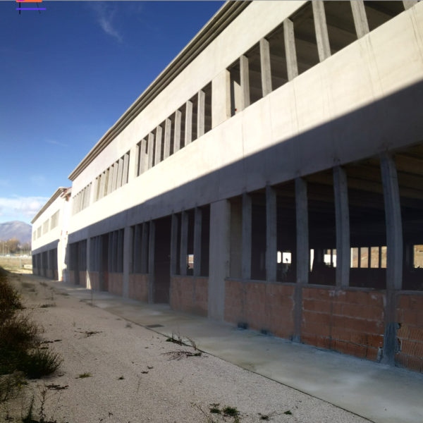 Capannone industriale zona Pile (AQ)